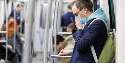 <strong>Sabiedriskajā transportā</strong> būs jāvalkā mutes un deguna aizsegi