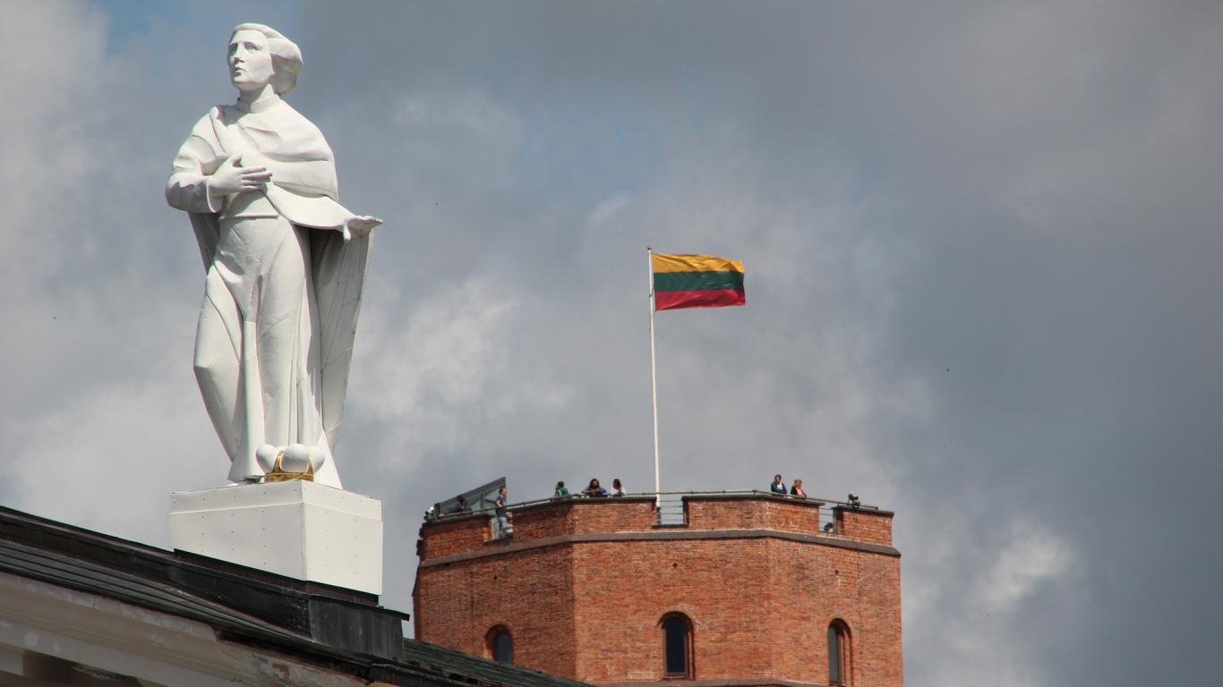 Lietuvā vēl divi <strong>saslimušie ar <em>Covid-19</em></strong>