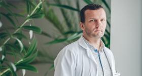 Onkoķirurgs Armands Sīviņš: <strong>Par mieru es necīnos. Es uzskatu, ka dzīvē ir jācīnās par taisnību</strong>