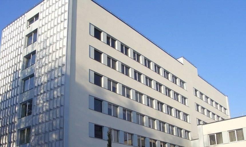 <strong><em>Covid-19</em> saslimšana Valmieras slimnīcā</strong> — pašiziolācijā vairāki medicīnas darbinieki un pacienti