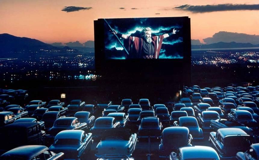 Sekojot Lietuvas piemēram, <strong>brīvdabas kino būs arī Latvijā</strong>