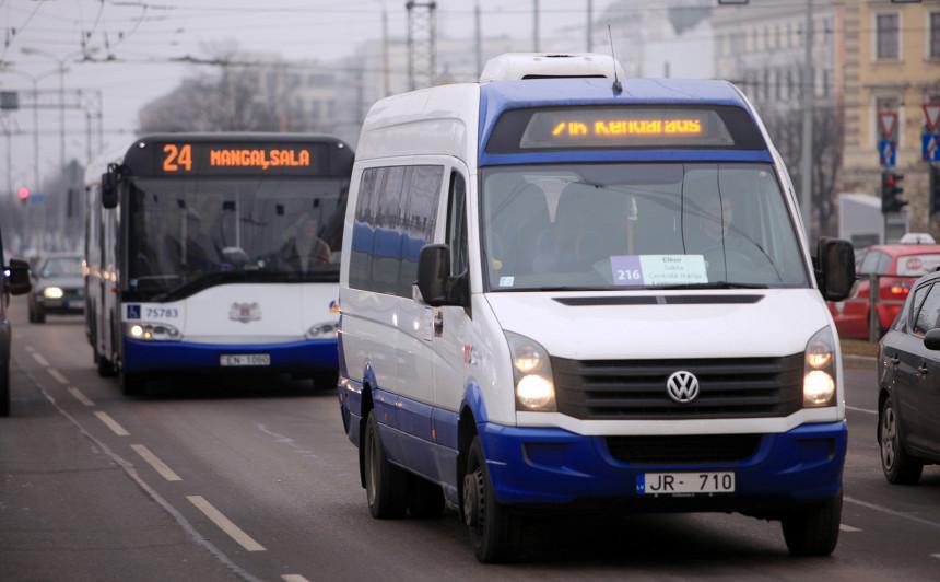Rīgā <strong>pārstās kursēt visi minibusi</strong> un ekspresbusi