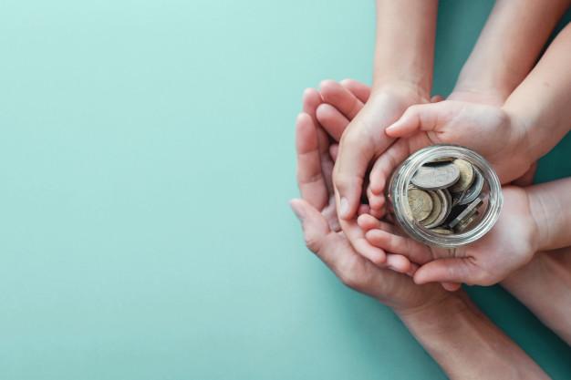 Pie krīzes pabalsta <strong>piemaksās 50 eiro par katru aprūpē esošu bērnu</strong>