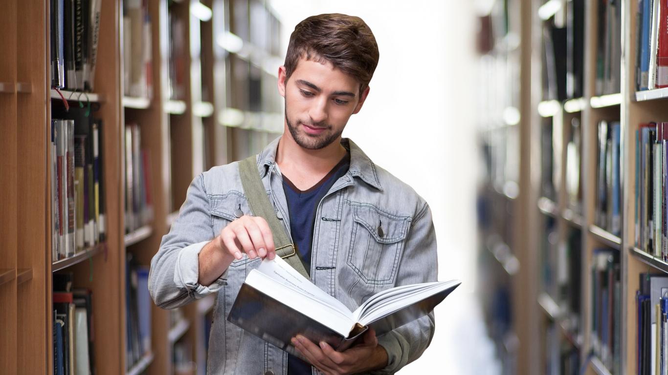 Valsts galvoto studiju un studējošā kredītu pamatsummas <strong>atmaksu varēs atlikt līdz pusgadam</strong>