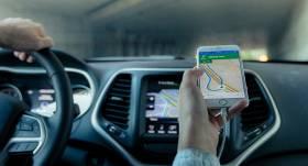 Vāc parakstus valsts un pašvaldību <strong>automašīnu aprīkošanai ar GPS</strong>