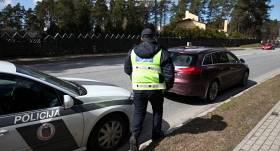 Policija atklāj, ka dažkārt iespējama arī privāto automašīnu kontrole, <strong>lai noteiktu braucēju skaitu</strong>