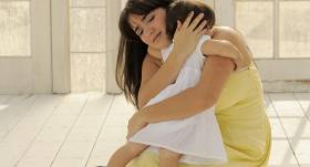 Diāna Zande: <strong>Ar vecāku labajiem nodomiem tiek bruģēts bērnu ceļš uz elli!</strong>