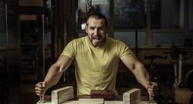 Laušanās cīkstonis Vladislavs Krasovskis: <strong>Kliegšana tikai atņem spēkus</strong>
