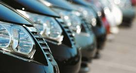 Pērn 133 gadījumos <strong>VID atteicis reģistrāciju Latvijā no ES ievestiem auto</strong>