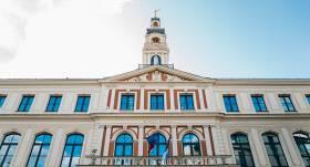 Rīgas domes ārkārtas vēlēšanas <strong>pārcels uz septembri</strong>