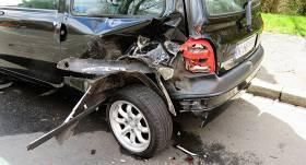 <strong>KASKO atlīdzībās mēnesī izmaksā 350 000 eiro</strong> — stāvošu auto bojājumu gadījumi nemazinās