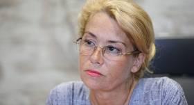<strong>Veselības dēļ no amata atkāpjas</strong> lidostas <em>Rīga</em> valdes priekšsēdētāja Ilona Līce