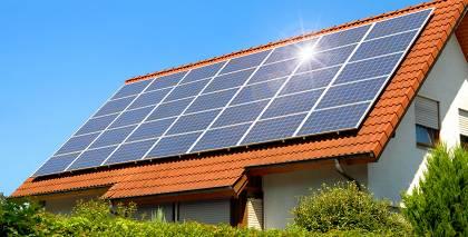 5 padomi, <strong>kā izvēlēties saules enerģiju savam mājoklim</strong>