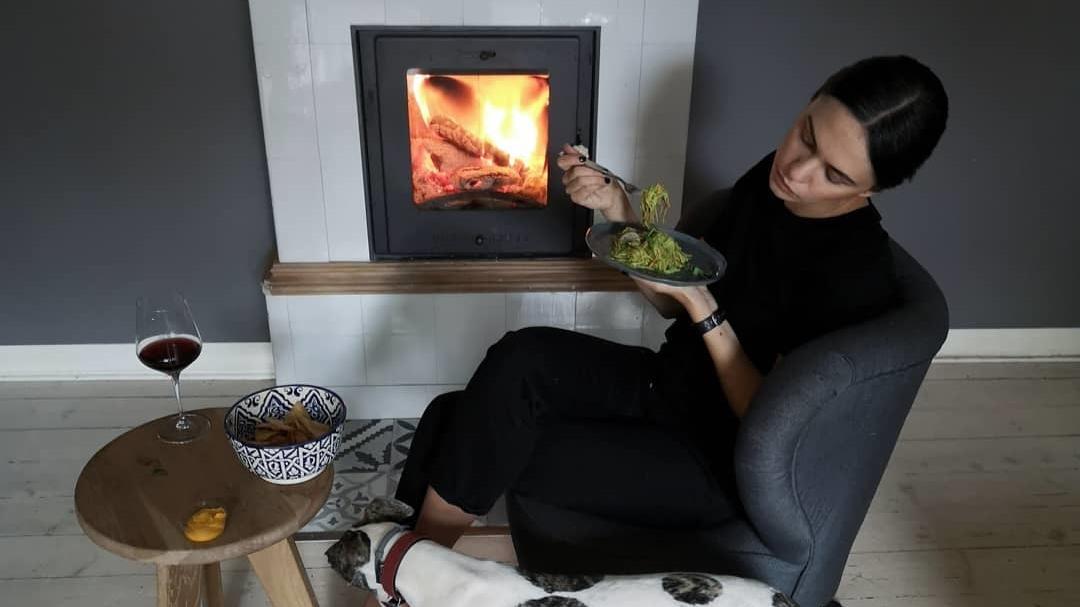 FOTO: Dārta Daneviča gatava <strong>pamest savu skaisto dzīvokli</strong>