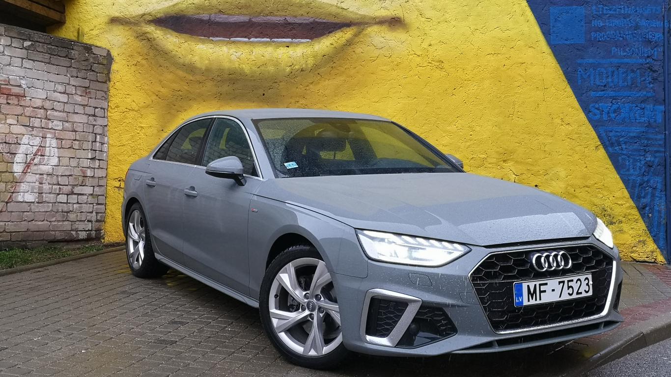 <strong><em>Audi A4</em></strong> pirmais brauciens