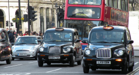 Lielbritānijā jaunu automobiļu tirdzniecībā <strong>straujākais kritums vairāk nekā 20 gadu laikā</strong>