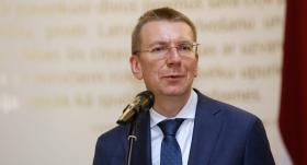 Ārlietu ministrs Edgars Rinkēvičs: <strong><em>Iznākšana no skapja</em> varēja sagraut karjeru</strong>