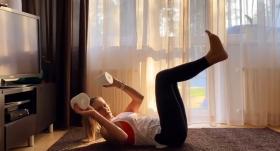 Sporta zāle tavā istabā — <strong>pieredzē dalās Renārs Kaupers, brāļi Porziņģi un citas zvaigznes</strong>