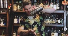 VIDEO: <strong><em>Karantīnas Margarita</em></strong> — pasaulē slaveni bārmeņi atsaucas Anša Ancova aicinājumam izveidot kokteili attālināti