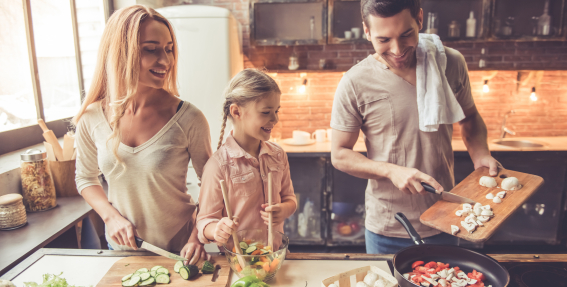 6 uztura padomi jeb <strong>veselīgs ēdiens nav dārgas salātlapas</strong>