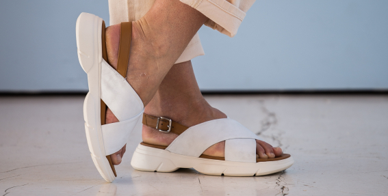 <strong>Šīs sezonas apavu tendences.</strong> Iesaka stiliste Indra Salcēviča
