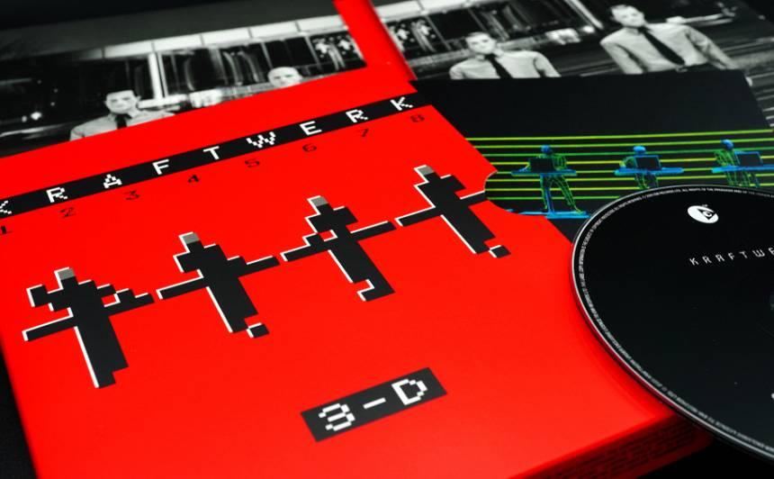 Mūžībā aizgājis viens no <strong>ikoniskās grupas <em>Kraftwerk</em> dibinātājiem Šnaiders</strong>