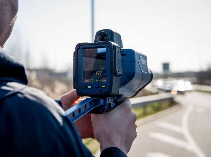 <strong>Nesen iepirktajiem rokas videoradariem beigusies verifikācija;</strong> no 142 apģērba kamerām izmanto vien 18