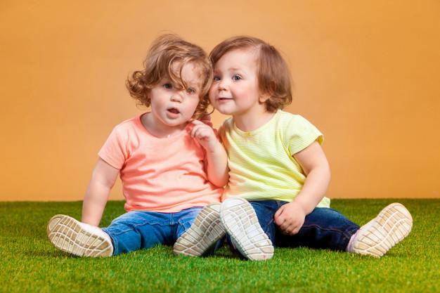 <strong>Lēmums ir pieņemts!</strong> Tiek palielināts bērna līdz divu gadu vecumam <strong>kopšanas pabalsts līdz 171 eiro</strong>