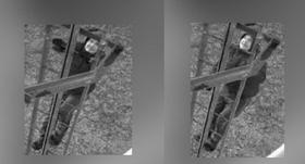 Aizdomās par noziedzīga nodarījuma izdarīšanu <strong>Valsts policija meklē attēlā redzamo vīrieti</strong>