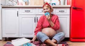 <strong>Grūtniecības laika kaprīzes.</strong> Siļķi ar putukrējumu, lūdzu!