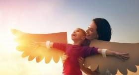 Kas nosaka mazuļa attīstību? <strong>Populārākās bērna attīstības teorijas</strong>