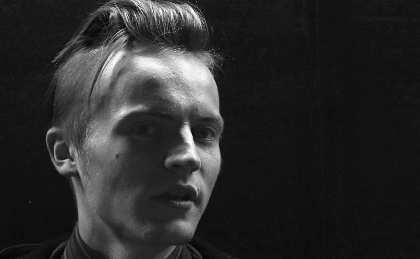 29 gadu vecumā <strong>mūžībā devies talantīgais mūzikas producents Matīss Runtulis</strong>