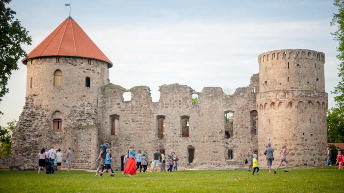 Cēsīs tiks rīkotie <strong>pirmie virtuālie pilsētas svētki Latvijā</strong>