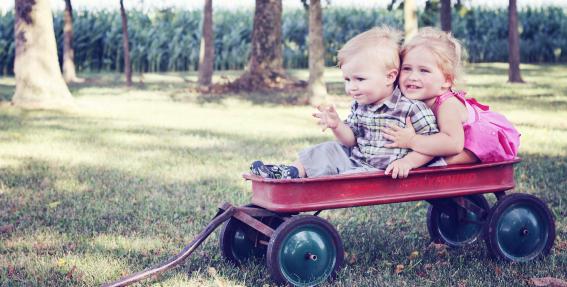 Palielinās bērna līdz divu gadu vecumam kopšanas <strong>pabalstu līdz 171 eiro</strong>