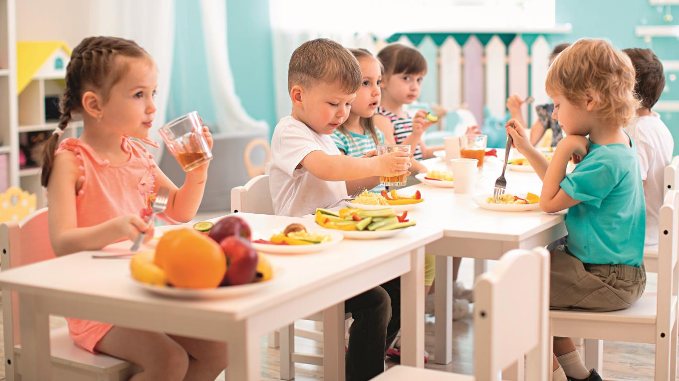 Kas garšo bērniem? Ieteikumi, ko <strong>gatavot brokastīs, pusdienās, launagā</strong>