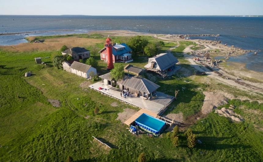 Igaunis latviešiem tirgo salu — <strong>no katra Latvijas iedzīvotāja grib pa eiro</strong>