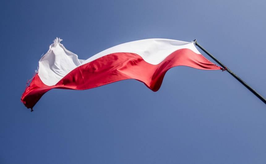Polija no sestdienas <strong>atvērs robežas ar ES valstīm</strong>