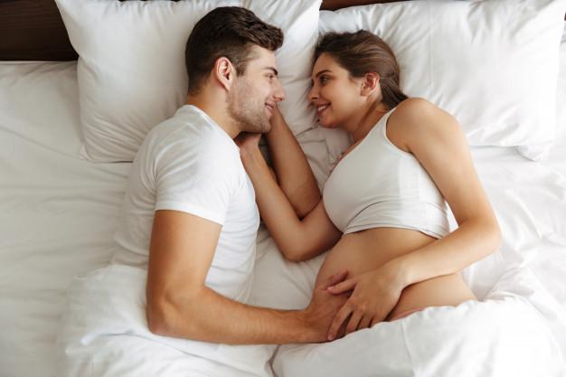 <strong>Sekss trijatā</strong> jeb mīlēšanās grūtniecības laikā