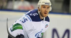 <strong>Karsums risina sarunas par spēlēšanu Rīgas <em>Dinamo</em>;</strong> zināms arī galvenā trenera amata favorīts
