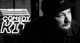 Scenārists Reinis Piziks: To naudu, ko nopelnu komēdijā, <strong>manā ģimenē sauc par smieklu naudu</strong>