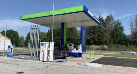 <em>Neste</em> Limbažos atver jaunu DUS staciju — <strong>investē vairāk nekā 600 000 eiro</strong>