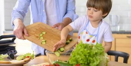 Septiņas idejas, <strong>kā nodarbināt bērnus, mācot par veselīgu dzīvesveidu</strong>