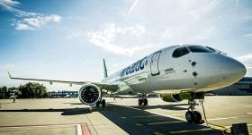 <em>airBaltic</em> agrāk neka plānots <strong>uzsāks lidojumus uz populārākajiem vasaras galamērķiem</strong>