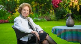 Diplomāte un pirmā Latvijas vēstniece Francijā AINA NAGOBADS-ĀBOLA