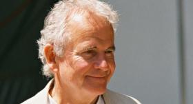 <strong>Mūžībā aizgājis</strong> britu aktieris sers Ians Holmss