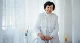 Pediatre Ieva Reinholde: <strong>Ieradās <em>gruzoviki</em>, un tajos visus pēc kārtas salādēja slimos Černobiļas zonas bērnus</strong>