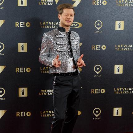 Latvijas mākslinieki tiek pie stipendijas — <strong>kas taps par 700 eiro?</strong>