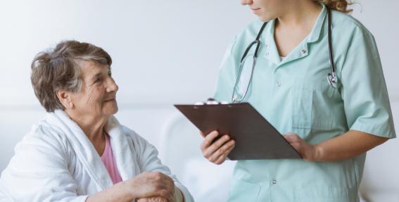 Gados jaunākiem pensionāriem <strong>ģimenes ārsta līdzmaksājumus šogad nesamazinās</strong>