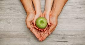 Astma bērnam. <strong>Vai piemērots uzturs var uzlabot veselību?</strong>