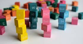 <strong>99% cilvēku skolā matemātiku mācās tādēļ,</strong> lai vēlāk palīdzētu saviem bērniem skolā mācīties matemātiku